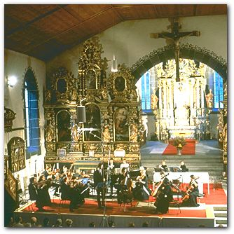 Ernen - Blick in die Kirche
